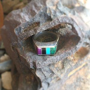 🆕 Listing!  Vintage   Inlaid Stones Ring